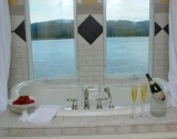 Corsica Bath - Double Jacuzzi with River View