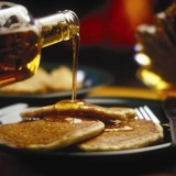 All-u-can-eat Pancakes and Maple Syrup at Sugar Moon Farm - Delicius organic, wholegrain buttermilk pancakes are served all-u-can-eat with maple syrup at Sugar Moon Farm!