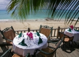 Sand Castle on the Beach - Dining at the Beach Side Café is truly an extraordinary experience. Lunches are casual, breezy, and scrumptious, and dinner is simply a magical moment wrapped up into a perfect evening.