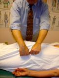 Hip Pain Relief - Nonforce Chiropractic helps: sciatica symptoms, siatica, pain in hip, hip joint pain, back and hip pain.