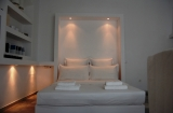 Mykonos Town Suites - Charming Mykonos Town, central & private open-plan suites (studios), 2 one bedroom apartment suites.<br />Top condition: very popular / limited availability. <br />Book now for this good price high quality gay friendly property
