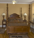 Jr. Suite - A little larger than our reg. rooms with a whirlpool and firplace.