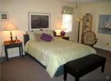 Holiday suite - Very comfy room with private bath.