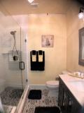 The Strand Room Bathroom
