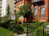 Quiet street in Downtown Toronto