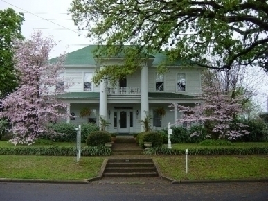 Thee Hubbell House B&B