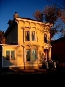 Cobb Mansion Bed & Breakfast