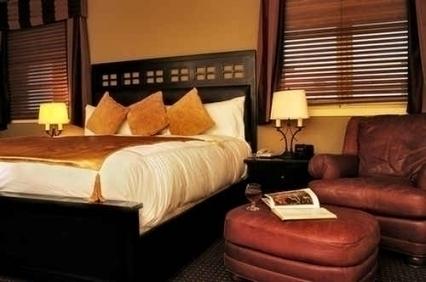 Swans Suite Hotel & Brewpub