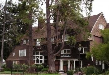 Cedar Gables Inn