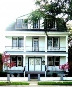Lost Bayou Guesthouse B&B