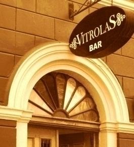 Vitrolas Karoake Bar