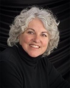 Maggie Braxton, Associate Broker Roche Realty