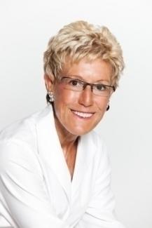 Dr. Loretta Redd, Wedding Officiant