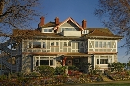 Dashwood Manor Seaside B&B Inn