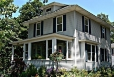 Serendipity Bed and Breakfast and Cottage