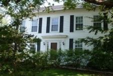 1830 Hallauer House Bed & Breakfast