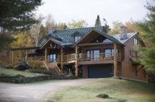 Moose Meadow Lodge & Treehouse Bed Breakfast