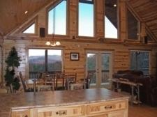 The Bears Den Luxury Cabin