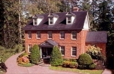 Williamsburg Sampler Bed & Breakfast Inn